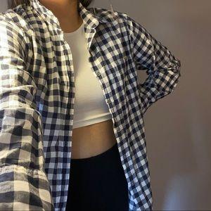 3/$10✨black & white checkered button cardigan top